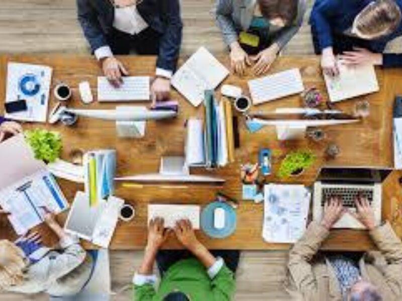 Werken met Zelfsturende Teams